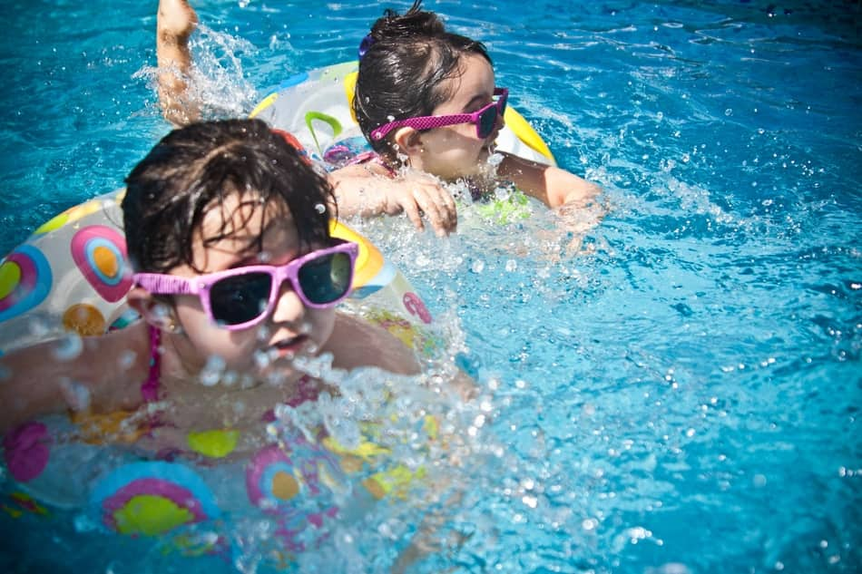 Is chlorine bad for leaather